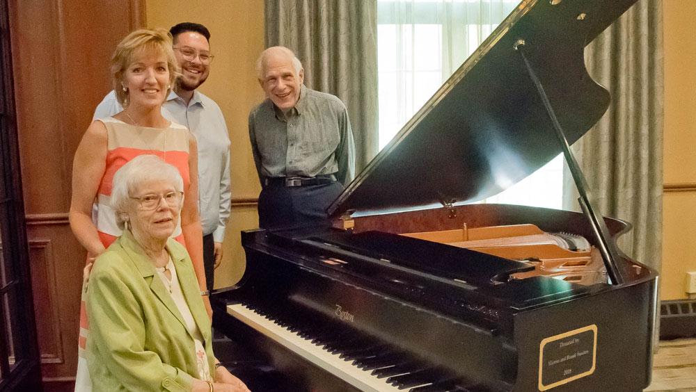 Grand Piano Gift